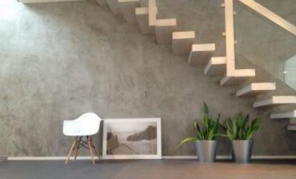 Image de pohledový beton betonová omítka v interiéru barevných odstínů