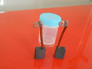 Obrázek uhlíky Wacker EH 23 EH23 EH23/230 EH23-230 kladivo sekaci nahradni TOP odizolované přívody isolierte kohlebürsten carbon brushes izolated