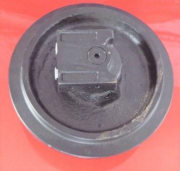 Obrázek napínací kolo idler vodící minibagru pro Kubota  KX61-2 KX91-2 KH51 KX71 KX61 KX71 KX71-2 KX71-2 KX61-2 KX71-2 KX61-2 / RC10121300